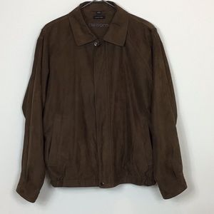 Men's Claiborne sueded finish. Size large